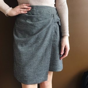 Club Monaco Chavelle Flannel Houndstooth Skirt